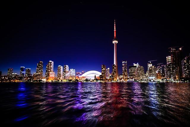 noční Toronto