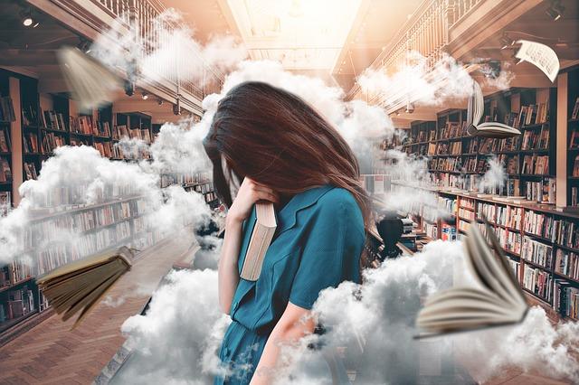 mraky v knihovně.jpg